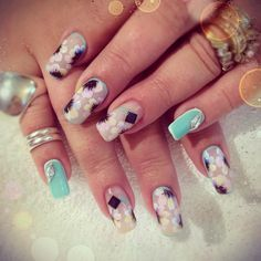 Pastel flower nail art