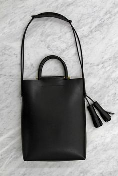 BUILDING BLOCK - Business bag - Black Italian vegtan leather briefcase with magnetic closure, interior hanging pocket, two tassels, rubber handles, and rubber/leather shoulder strap. Leather Craft, Leather Bag, Black Leather, My Bags, Purses And Bags, Tote Bag, Crossbody Bag, Backpack Bags, How To Have Style