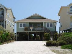Holden Beach, NC - Peace on the Beach 529 (Formerly a Dune Deal) a 4 Bedroom Oceanfront Rental House in Holden Beach, part of the Brunswick Beaches of North Carolina. Includes Hi-Speed Internet