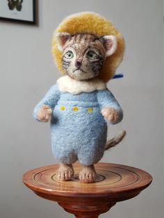 Tom Kitten, Bratrix Potter character, Needle felted Tom Kitten, Beatrix Potter figurine,needle felted cat, soft sculpture, fiber art by StorytellingBears on Etsy https://www.etsy.com/listing/264458936/tom-kitten-bratrix-potter-character