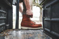Irish Setter Wingshooter 894 Boots on Modern Huntsman. Men's fashion. Top outdoor hunting gear.
