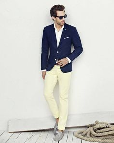 I like this mixture of white and navy with cream.