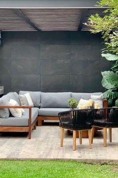Find more interior design golden decor ideas!!