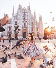 Milan is one of the most popular cities in Italy. Find out the best things to do, places to see and where to eat if you're only visiting Milan for one day. - The Ultimate Milan Design Week Guide 2019 You Need Travel Pictures, Travel Photos, Travel Around The World, Around The Worlds, Photography Poses, Travel Photography, Places To Travel, Travel Destinations, Milan Travel