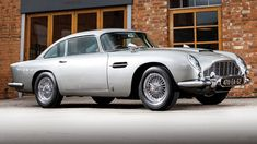FOX NEWS: James Bond 007 Aston Martin worth millions going to auction Aston Martin Db5, Sean Connery, Maserati, Mazda, Lamborghini Gallardo, Vw Camper, Fiat 500, Porsche 911, Racing F1