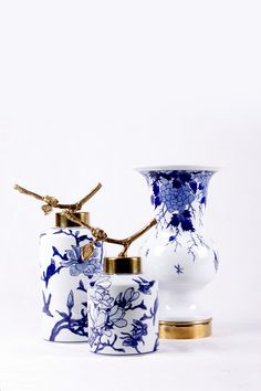 New Chinese style … Blue And White China, Blue China, New Chinese, Chinese Style, Asian Home Decor, Blue Pottery, Chinoiserie Chic, Oriental Design, White Vases