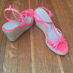 """NWOT Wedge Shoes Absolutely adorable!   These shoes do run true to size. Heals are approximately 2 1/2"""".  trades PayPal Colin Stuart Shoes Wedges"""