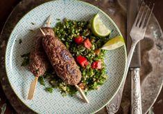 Szürkemarha kafta Asparagus, Sausage, Grilling, Beef, Vegetables, Food, Meat, Studs, Sausages