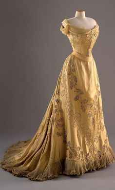 1902, France - Yellow silk evening dress with oak leaf design by Jean-Philippe Worth, worn by Lady Curzon