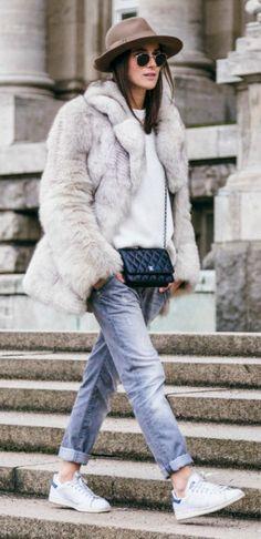 Elien Migalski wearing faux fur coat from ASOS, cashmere sweater ...