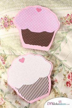 DIY Muffin Einladungskarten selber basteln - Bastelidee zum Kindergeburtstag