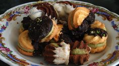 Caposaldo della pasticeria siciliana, i biscotti dessert o execelsior sono dei bocconcini di bontà destinati ai buongustai
