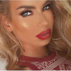 """❤️✨@nikkifrenchmakeup wearing Lilly Lashes in """"Opulence"""" Shop now #Linkinbio ��✨International shipping available. #glamsaidey#lillylashes#ghalichiglam#love#glam#mua#flawless#makeupartist#shoppingaddict#makeupaddict#lashes#bridal#eyelashes#eyes#lotd#hudabeauty#shophudabeauty#flutterlashes#instagood#slave2beauty#makeupslaves#prom#brian_champagne#vegas_nay#hudalashes#lash#gorgeous#1minutemakeup http://ameritrustshield.com/ipost/1545640335139672322/?code=BVzN7IWhBEC"""