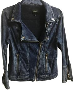 Free shipping and guaranteed authenticity on Liverpool Jeans Company Dark Blue Moto Acid Wash Denim Jacket Size 12 (L)Cool moto denim jacket. Wide zippered cuff sleeves...