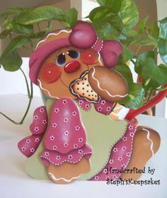 Hand Painted Gingerbread Girl Shelf Sitter por stephskeepsakes, $13.95