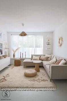 Beige Living Rooms, Home Living Room, Living Room Designs, Living Room Decor, Sofa Design, Interior Design, Relaxation Room, Living Room Inspiration, White Rooms
