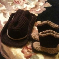 Free Crochet Baby Cowboy Boots and Hats