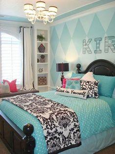 soft-blue-motive-wall-tween-girl-bedroom-with-black-motive-blanket-master-bedding-also-chandelier-with-interesting-interior-design.jpg (860×1147)