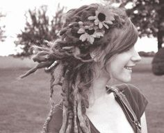 That's such a cute way to put dreads up or wear them for a nicer occasion