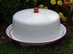 Vintage RED WHITE ENAMEL Cake Plate Platter KITCHEN ENAMELWARE Dome Lid #UNKNOWN
