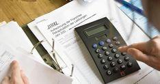 35 Prozent der Obwaldner sollen dieses Jahr Prämienverbilligungen erhalten. Für einige ist es vielleicht das letzte Mal. Die Sparpläne der Regierung sehen für 2019 rund 8 Millionen weniger vor. #prämienverbilligung #obwalden Office Phone, Landline Phone, Planer, Round Round