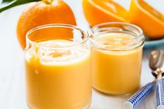 The vivid colour and tangy taste of oranges dominates this quick mousse. Present it garnished with fresh berries, orange sections, candied orange. Orange Mousse, Orange Creme, Sugar Free Recipes, Sweet Recipes, Healthy Recipes, Tangerine Juice, Orange Dessert, Fruit Gifts, Orange Recipes