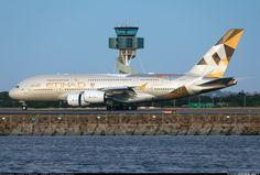 Etihad Airways Airbus A380-861 landing at Sydney Kingsford-Smith (SYD)