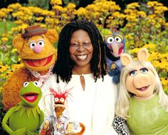 Whoopi Goldberg Whoopi Goldberg, Miss Piggy, Jim Henson, Les Muppets, Fraggle Rock, The Muppet Show, Kermit The Frog, Early Literacy, Minimalist Poster