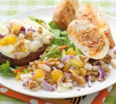 Franse hamburger met brie en perensalsa - Recept - Jumbo Supermarkten