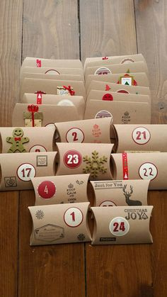 Handmade Rustic Christmas Advent Calendar x 24 Pillow Boxes /Sweets/Gifts/ Handstamped/Stickers/kids or adults : Handgemachte rustikalen Adventskalender x 24 Kissen Boxen Rustic Christmas, Handmade Christmas, Christmas Crafts, Etsy Christmas, Advent Calenders, Diy Advent Calendar, Homemade Advent Calendars, Christmas Calendar, Season Calendar