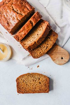 This Healthy Whole Wheat Banana Bread Is Easy To Make And Takes Just A Few Simple Pantry Ingredients. Made With Olive Oil And Whole Wheat Flour, This Banana Bread Is Also Naturally Sweetened With Honey. From Lauren Grant Of Zestful Kitchen Whole Wheat Banana Bread, Healthy Banana Bread, Healthy Cake, Whole Wheat Flour, Healthy Baking, Baking Recipes, Cake Recipes, Dessert Recipes, Pain