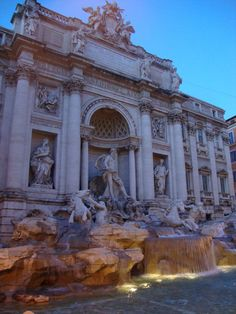 trevi fountain, Rome Italy