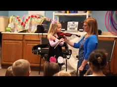 Jordan and Miss Cindy demonstrate violin to Miss Patti's preschool class - YouTube
