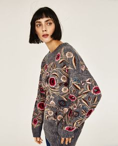 Image 4 of FLORAL EMBROIDERED OVERSIZED SWEATER from Zara