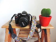 Voici comment réaliser une sangle d'appareil photo originale.