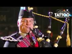 1st Battalion Scots Guards homecoming parade Glasgow 2013 - YouTube
