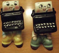 Vintage-1950s-Anthropomorphic-Salt-and-Pepper-Shakes-Typewriters-PY-Japan