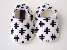 Cotton Fleece, Cotton Fabric, Handmade Baby, Organic Cotton, Baby Shoes, Comfy, Pairs, How To Wear, Cotton Textile