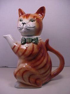 "Tony Wood cat teapot 10"" high"