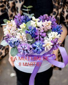 Floral Wreath, Wreaths, Table Decorations, Cactus, Home Decor, March, Floral Crown, Decoration Home, Door Wreaths