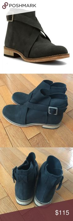 Free People Women Las Palmas Ankle Boot  sz 7 new Free People Women Las Palmas Ankle Boot Round Toe Black Nubuck Leather Sz 37 US7 New no box Fast shipping Free People Shoes Ankle Boots & Booties