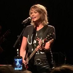 Country star Miranda Lambert is launching her Certified Platinum Tour in Evansville, Ind. Thursday without her signature platinum locks.