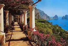 Isle of Capri, Italy - can not wait!!