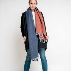 merino color block scarf // red - blue