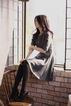 milkcocoa textured tights and chambray-like dress and patent leather black heels