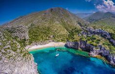 Sport e natura nell'Albania più selvaggia - Lonely Planet Most Beautiful Beaches, Beautiful Places To Visit, Cool Places To Visit, Amazing Places, Montenegro, Visit Albania, Phantom 4, Island Beach, Aerial Photography