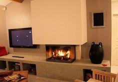 Insert, foyer ouvert, design, classiques, contemporaines ou excentriques...Les internautes ne manquent pas d'imagination pour leurs cheminées et leurs poêles à bois.