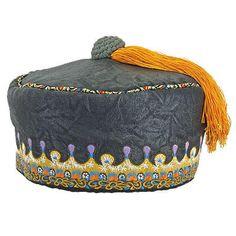 Harry Potter Albus Dumbledore's Tassel Hat from HarryPotterShop.com