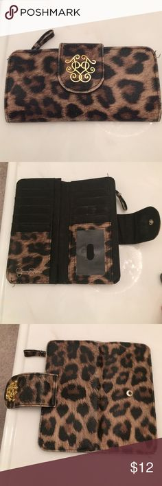 Jessica Simpson wallet Leopard and gold Jessica Simpson wallet. Has been used Jessica Simpson Bags Wallets