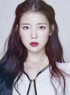 Korean Singer and Actress Lee Ji Eun (IU) www. Asian Makeup, Korean Makeup, Korean Beauty, Asian Beauty, Korean Women, Korean Girl, Korean Ulzzang, Kpop, Living At Home